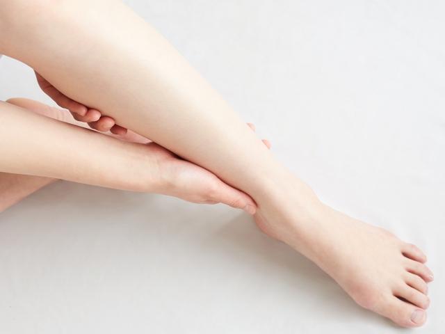 足がつるときの原因は?対処方法と予防方法