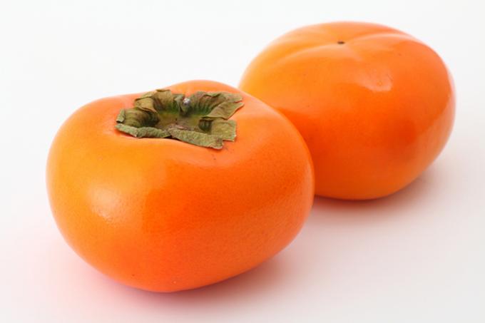 渋柿と甘柿の違いは?簡単な渋抜き方法と渋戻りしたときの対処方法