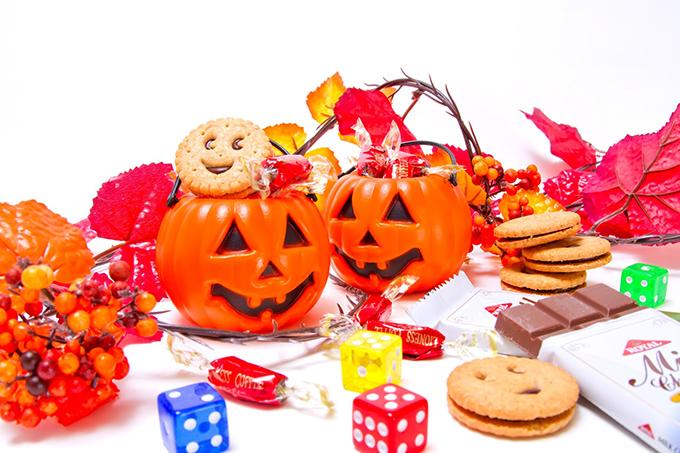 ハロウィンのクッキーを型なしで作るレシピと簡単テトララッピング